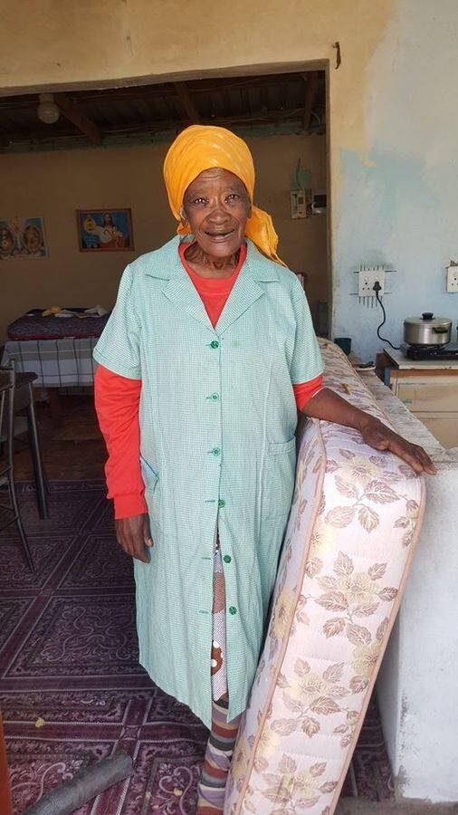 Woman receiving her new mattress